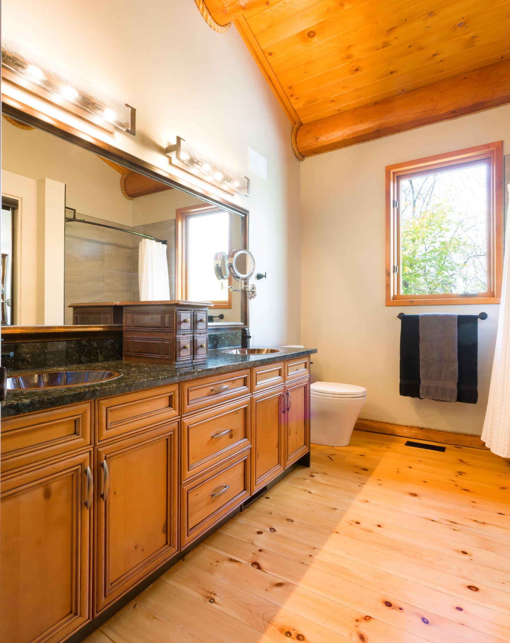 Log Cabin Main Bathroom